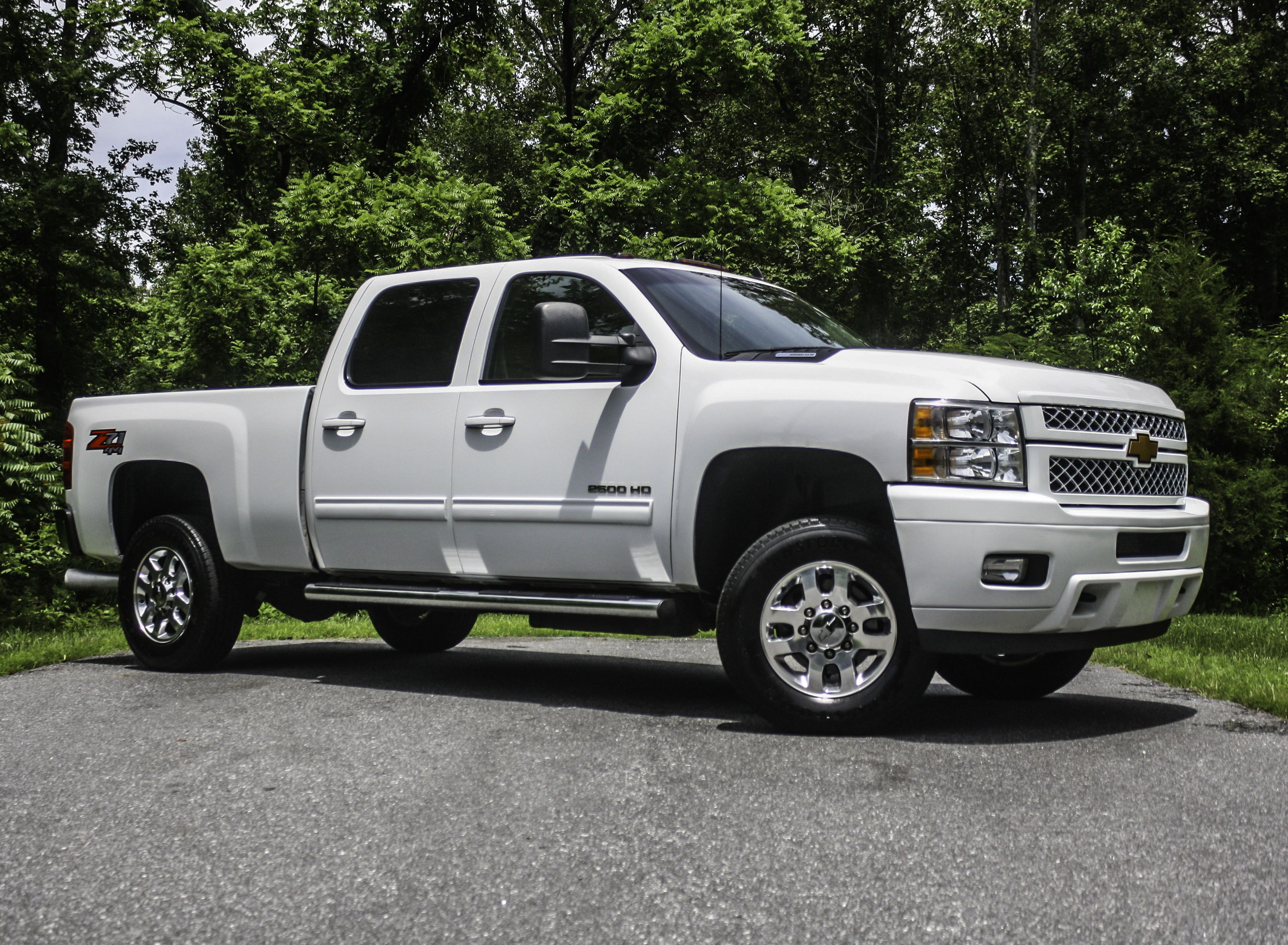 This 4x4 Has An Ltz Package Z71 Package 6 6l Duramax Engine Tow