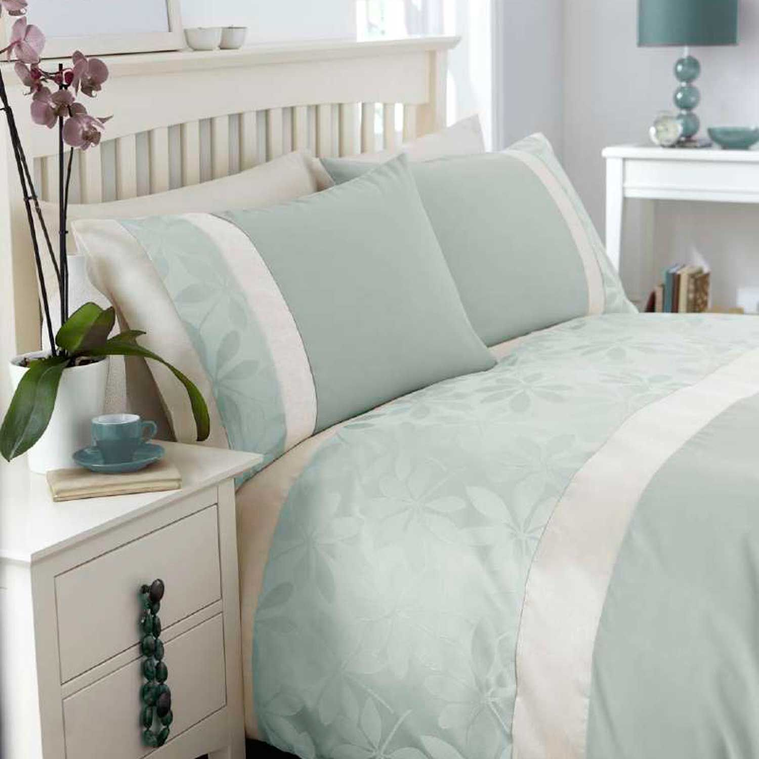 From Midnight To Duck Egg See: Jacquard Duck Egg Duvet Cover