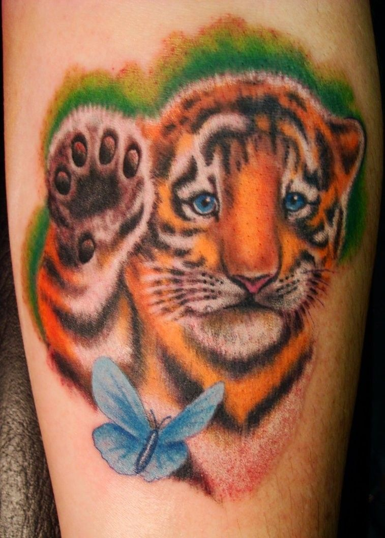 Tiger cub with butterfly in color tattoo tattoos pinterest tiger cub with butterfly in color tattoo izmirmasajfo