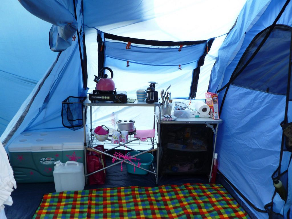 The kitchen set up in my old Vango Icarus 500 tent with front canopy. I & The kitchen set up in my old Vango Icarus 500 tent with front ...