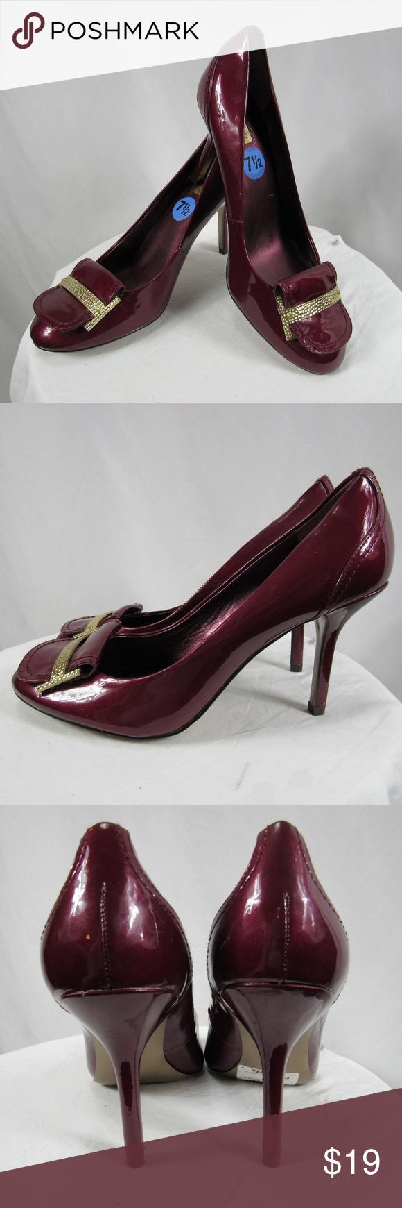 tahari pierce cranberry red gold top pumps heels  with