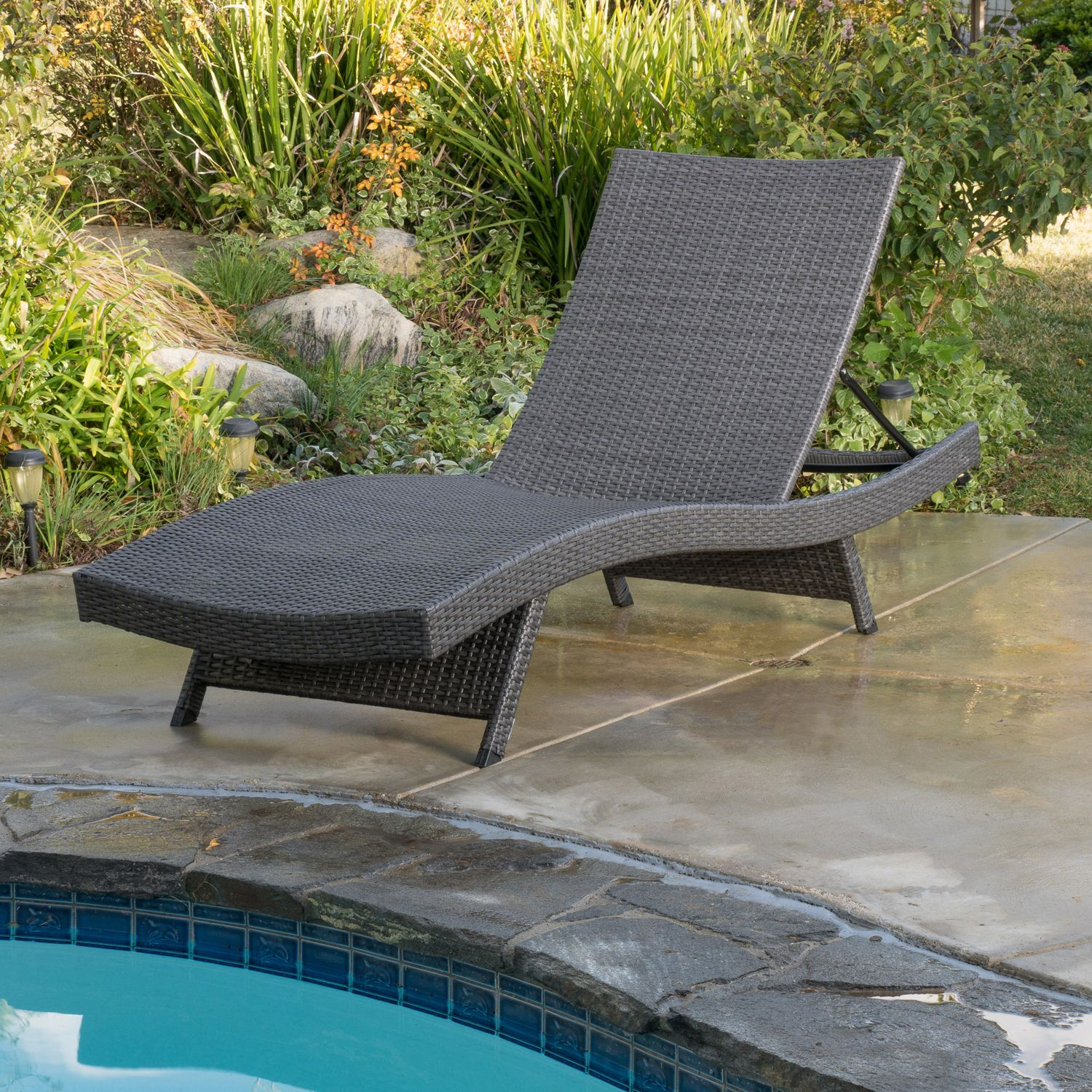 Amazing Carlsbad Gray Wicker Chaise Lounge Products In 2019 Pabps2019 Chair Design Images Pabps2019Com