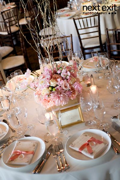 Pink and Gold reception wedding flowers wedding decor wedding flower centerpiece wedding flower arrangement add pic source on comment and we will update ... & Los Angeles La Venta Inn Pink Wedding | Pinterest | Gold wedding ...