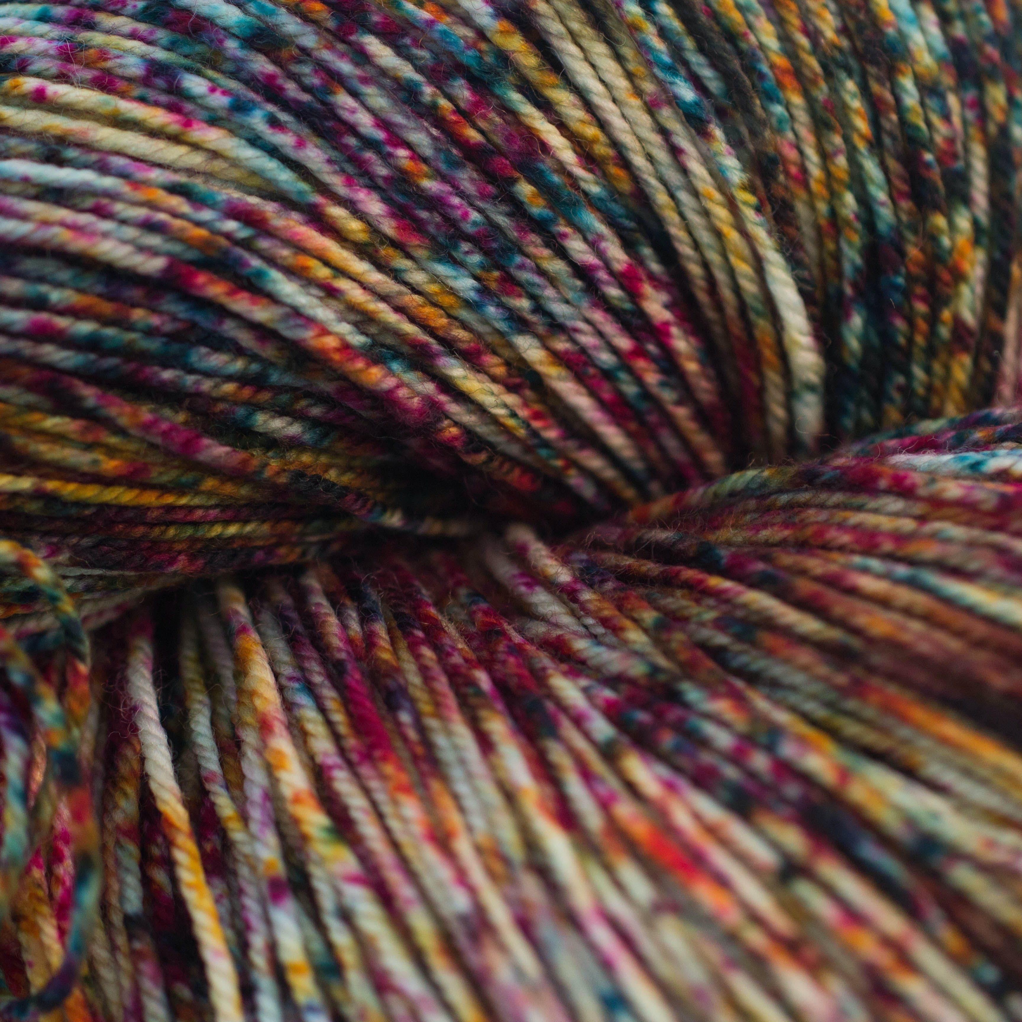 Laguna LACE 100/% merino wool Hand Dyed Yarn
