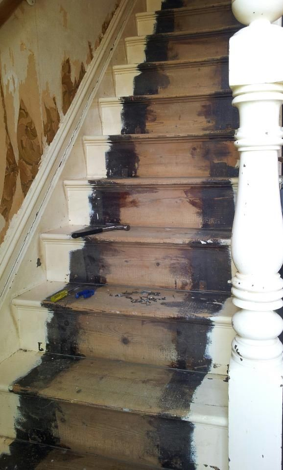 Stair Carpet With 70 Nails