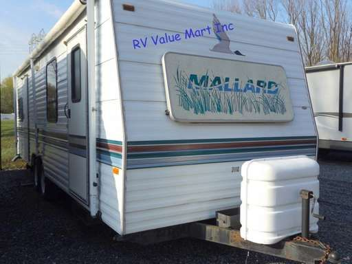 Check out this 1995 Fleetwood Mallard 27G listing in Manheim, PA ...