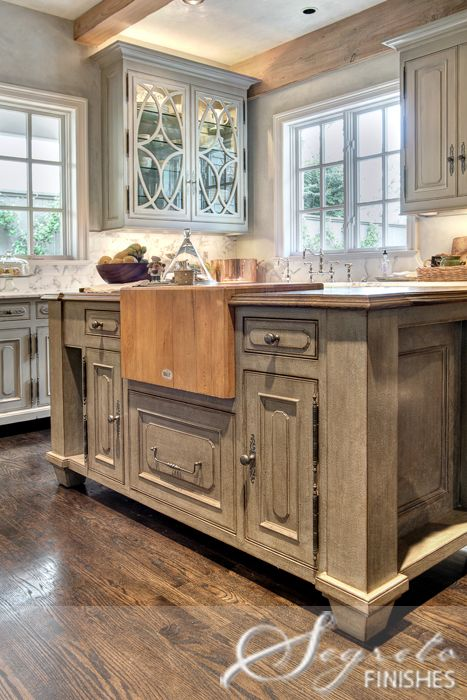 View 2  \u003c3butcher block  finishing touch to the island ~a