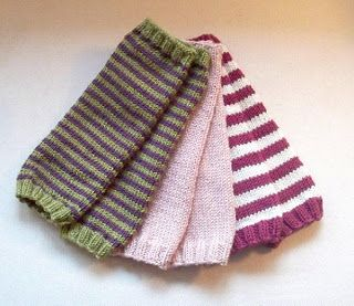 Simple Leg Warmer Knitting Pattern : Baby legwarmers pattern! Can make with Debbie Bliss Baby Cashmerino. Easy kni...