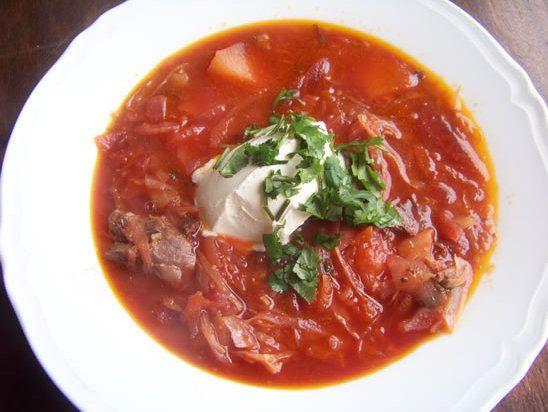Recette de bortsch la recette de la soupe russe recette for Cuisine russe