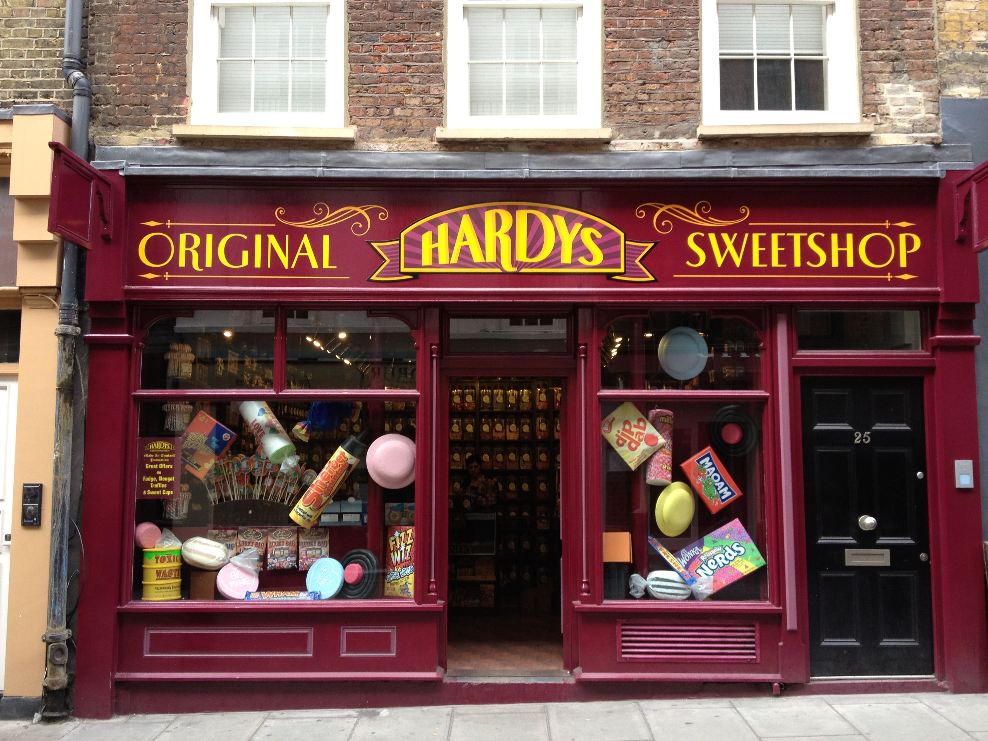 Harry Potter Candy Store In London Harry Potter Candy Old Fashioned Candy Candy Shop