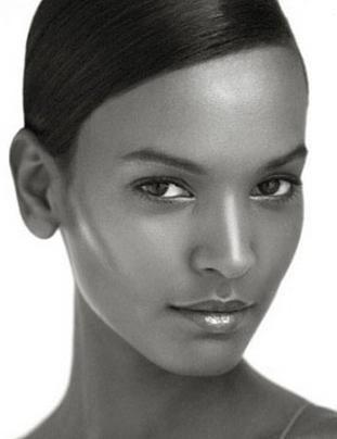 Liya Kebede - Ethiopian Supermodel