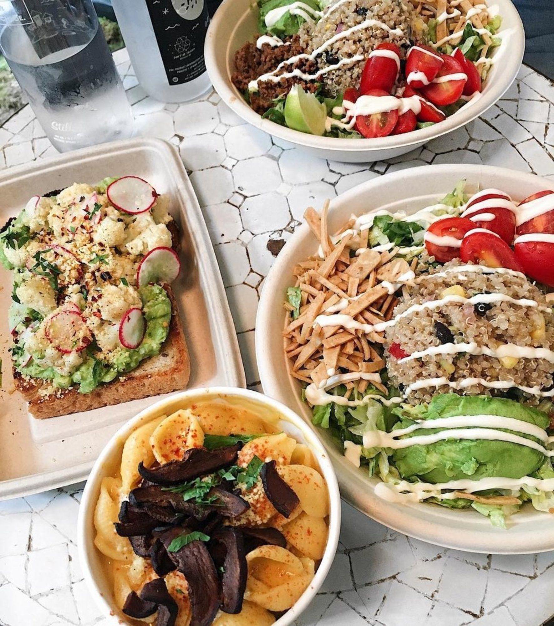 5 Amazing Vegan Joints In Nyc Vegan Food Truck New York Food Vegan Restaurants