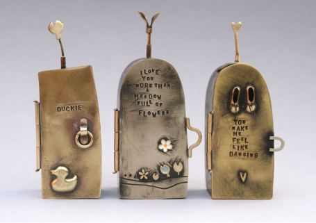 Lockets and hinges [oh, my] How to make Hinges! Becca Williams, Master of Hinges - work by Bronwen Tyler Jones