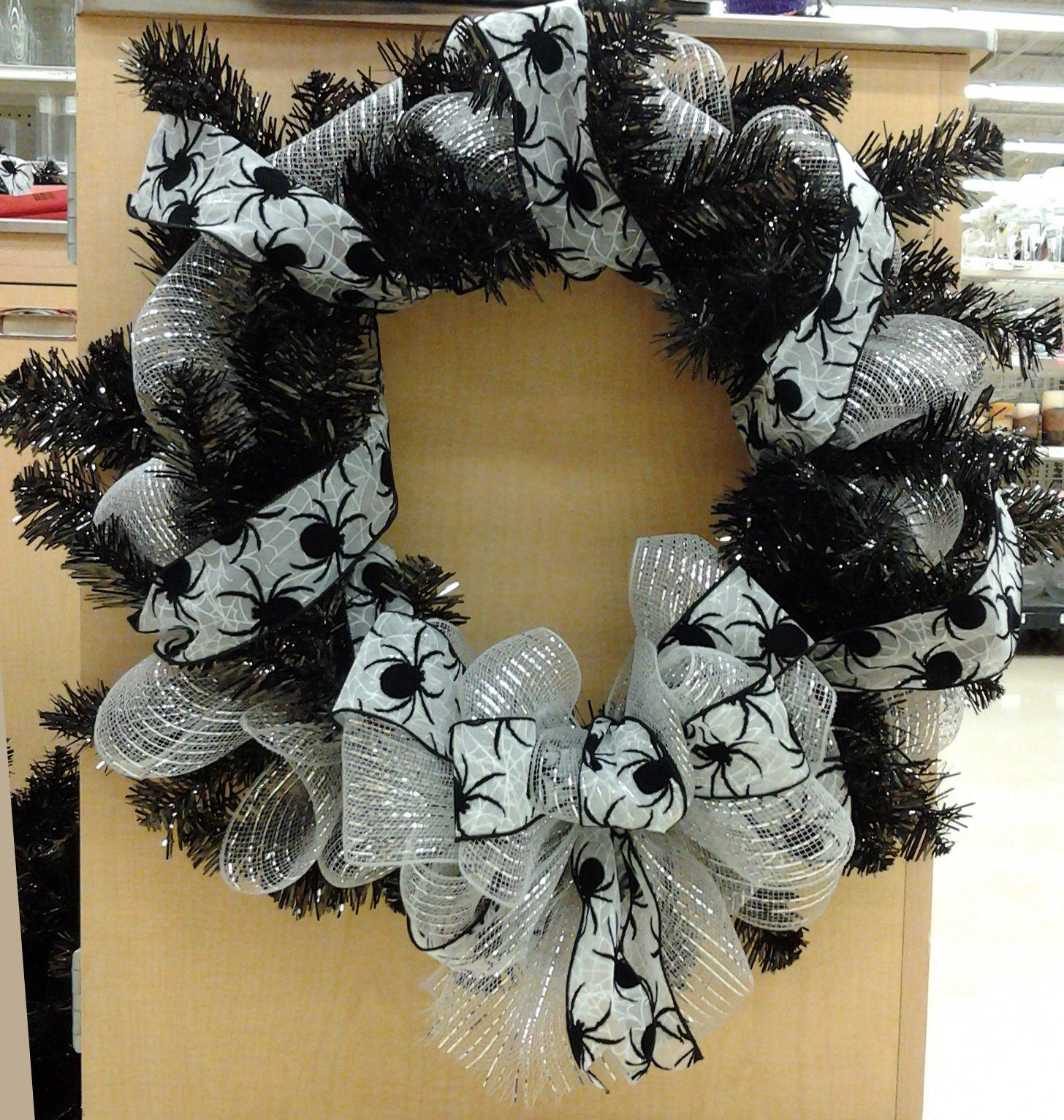 Black Flower And Crow Halloween Wreath: Floral Design, Black & White Halloween Tincel Wreath With