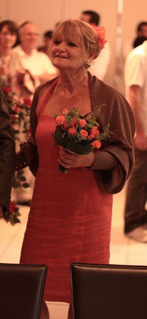 robe mariage by helenepiano, via Flickr
