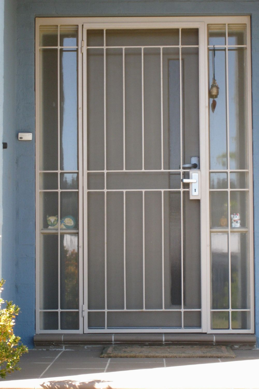 Elegant Iron Doors Big That S You Love 480 Modern Irondoors Design Homedesignideas Inter Security Screen Door Aluminum Screen Doors Modern Exterior Doors