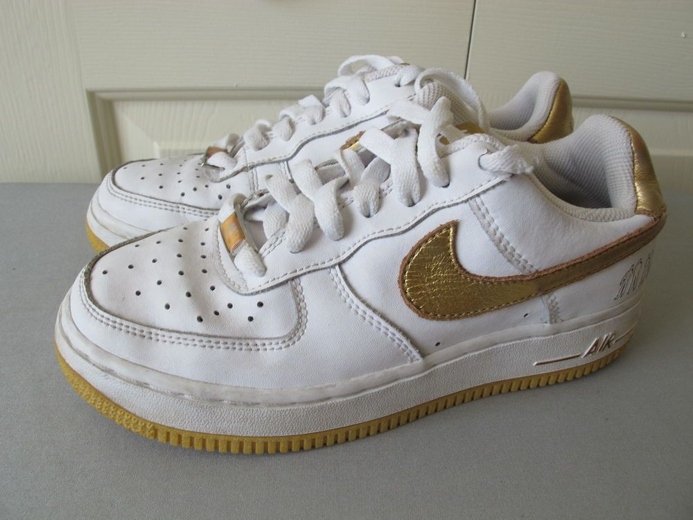 e5584aa08 NIKE AF-1   82   XXV Thompson Jones Wilkes low tops gold and white Boys 3.5   Nike air force ones