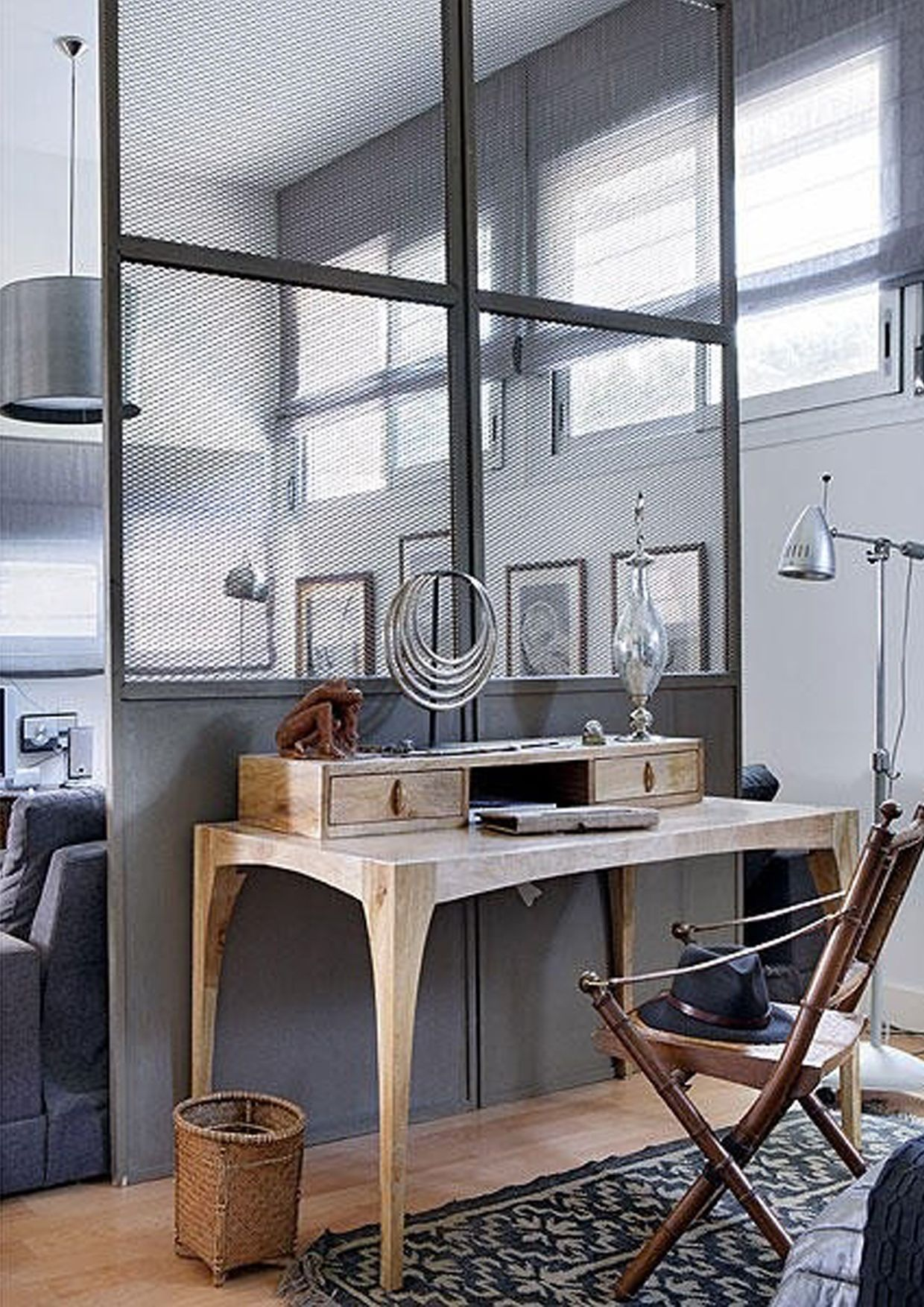 A dark grey colour with wood is defiantly the trend od the season