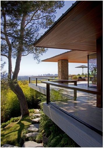 Love the porch and view!  Ohana estate, Beverly Hills