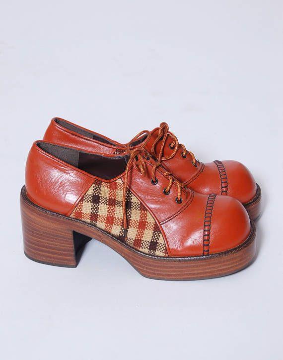 7b71410ced923 Vintage 70s PLATFORM Shoes Vintage OXFORD Shoes Leather & Tweed ...