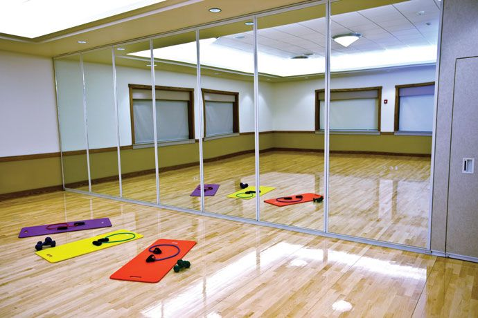 Modernfold operable partitions folding partitions glass for Movable glass wall systems