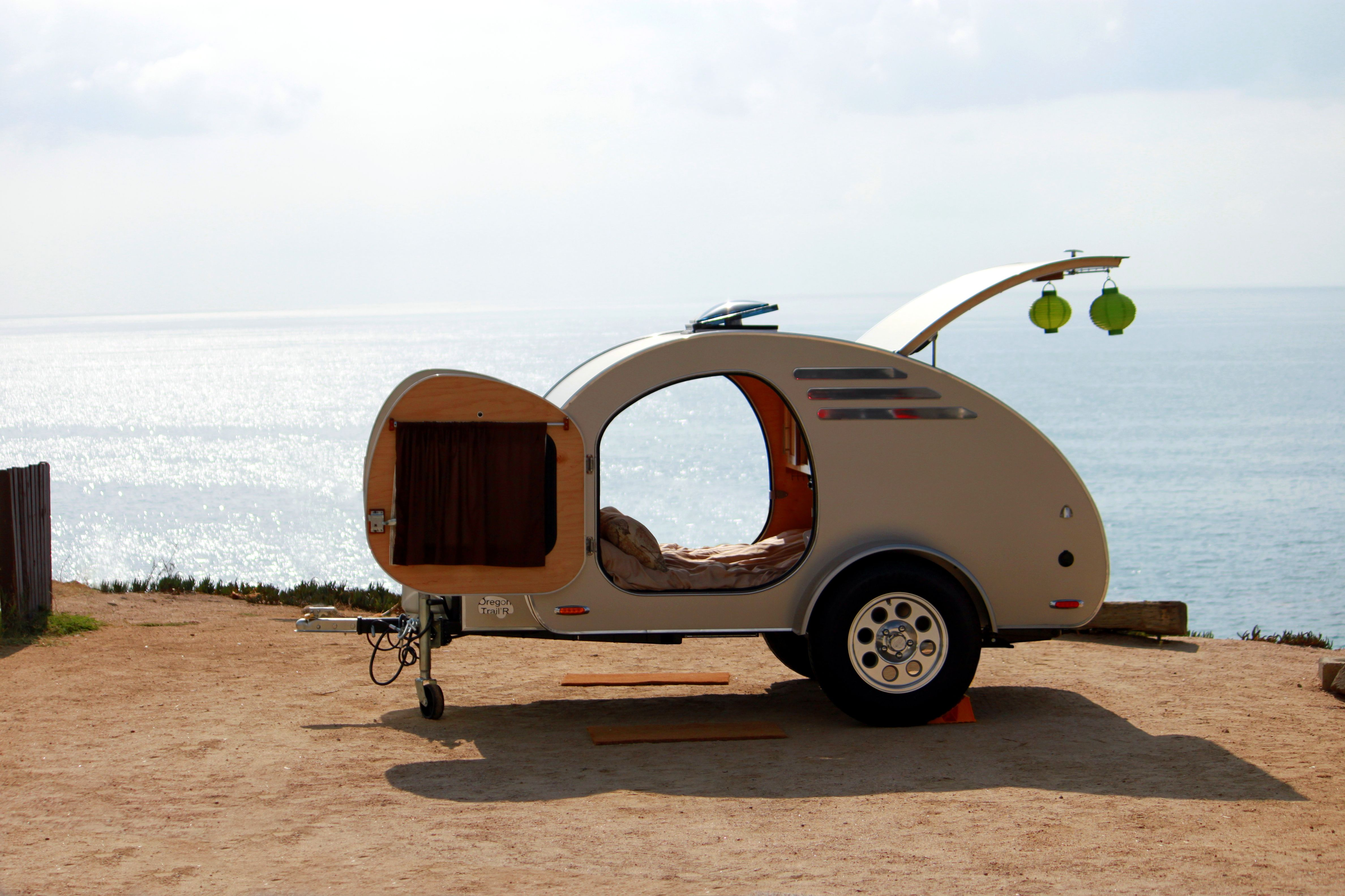 Oregon Trail'R FronTear - Teardrop trailer on the beach