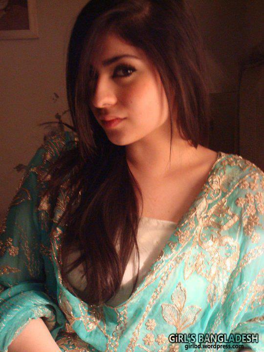 Nud girl of bangladesh