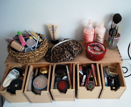 great make up storage.