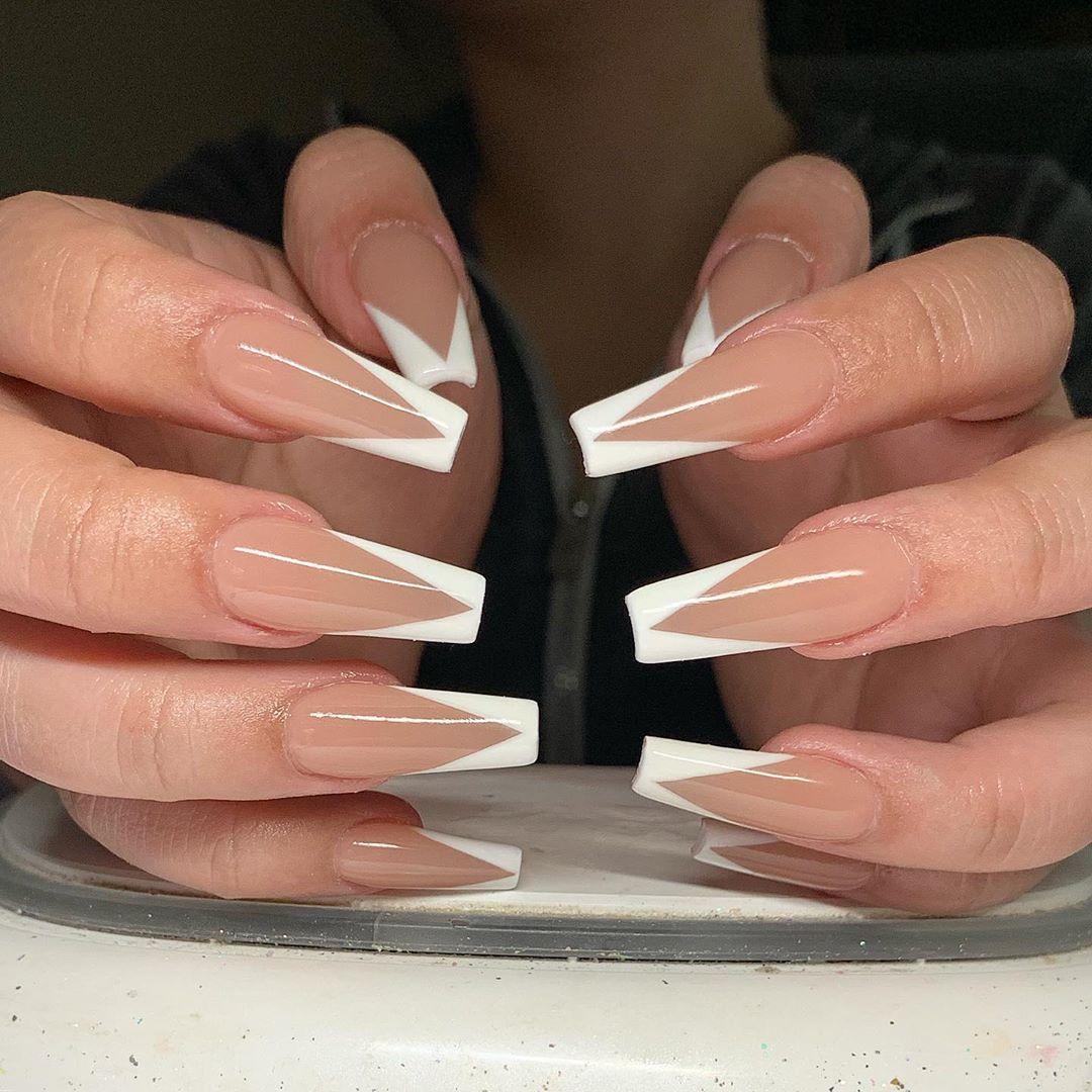 White Tip Natural Nail Art Design White Tip Acrylic Nails French Tip Acrylic Nails Stylish Nails