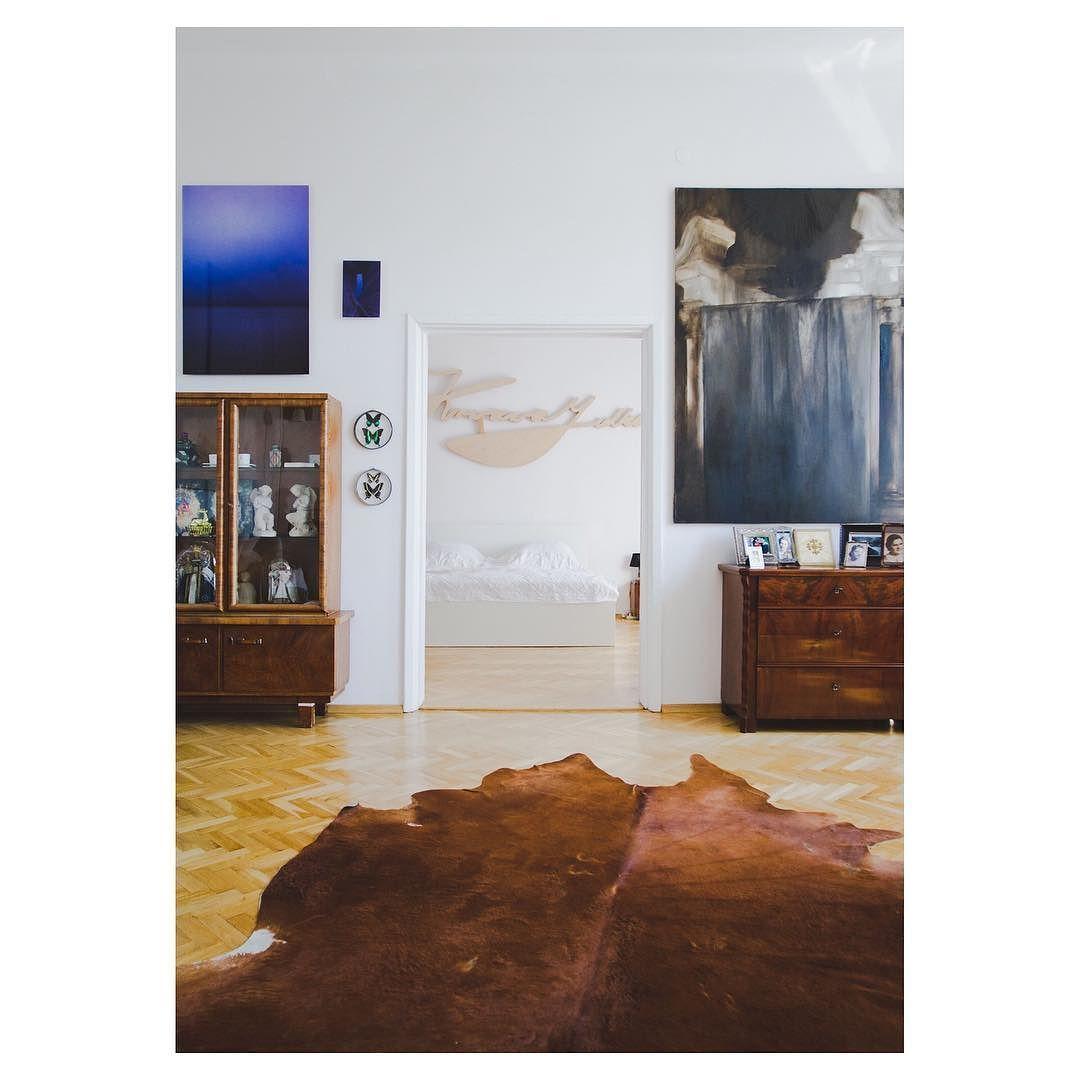 I am the collection. Read our interview with Polish art collector Michał Borowik in Artlandapp. See link in bio. #artlandapp #artcollector #collectandconnect @michalborowik