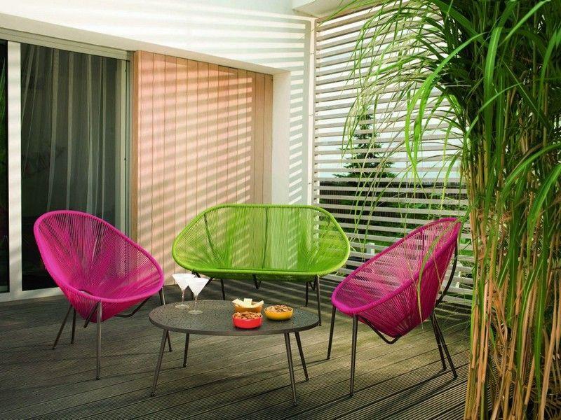 Moderne Balkonmöbel - Stühle und Sofa in Akzentfarben | Balkon ...