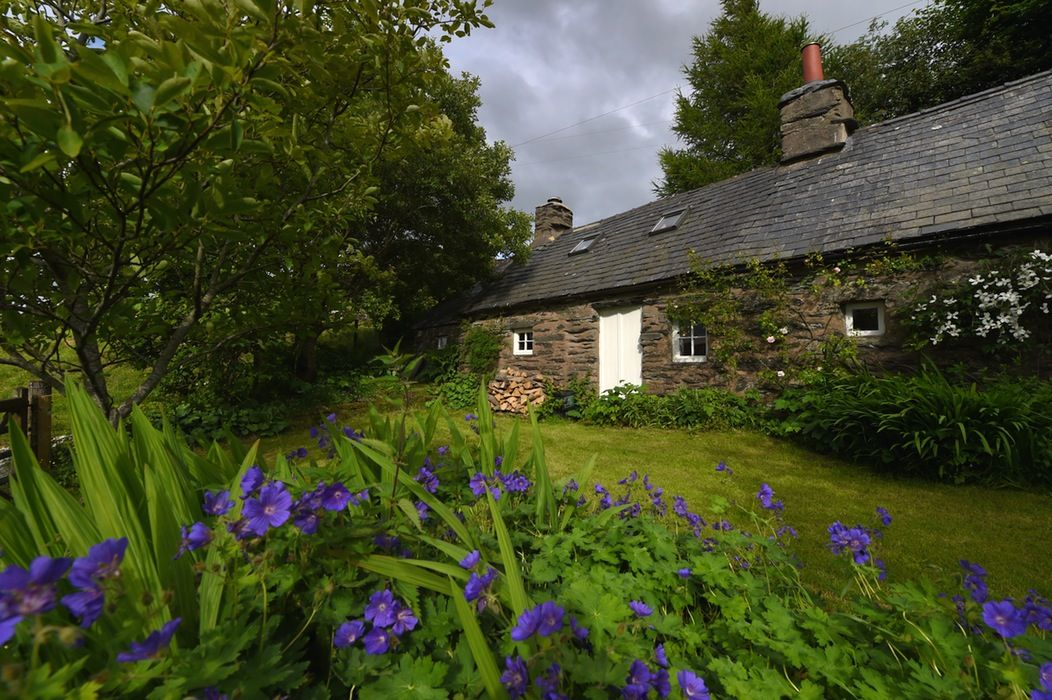 Hill Cottage rural cottage bliss for six in Snowdonia