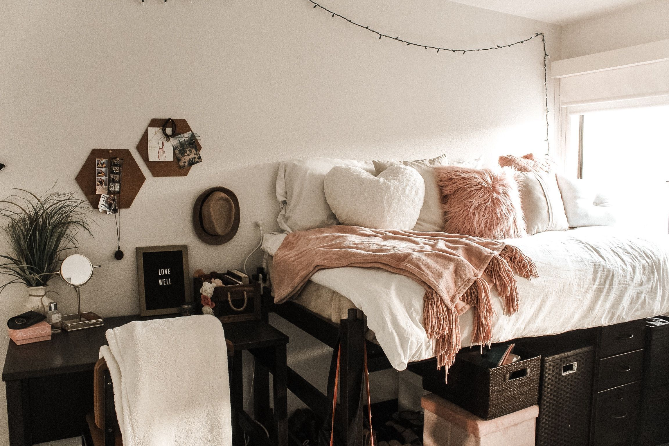 52 Stylish Cool Dorm Rooms Style Decor Ideas images