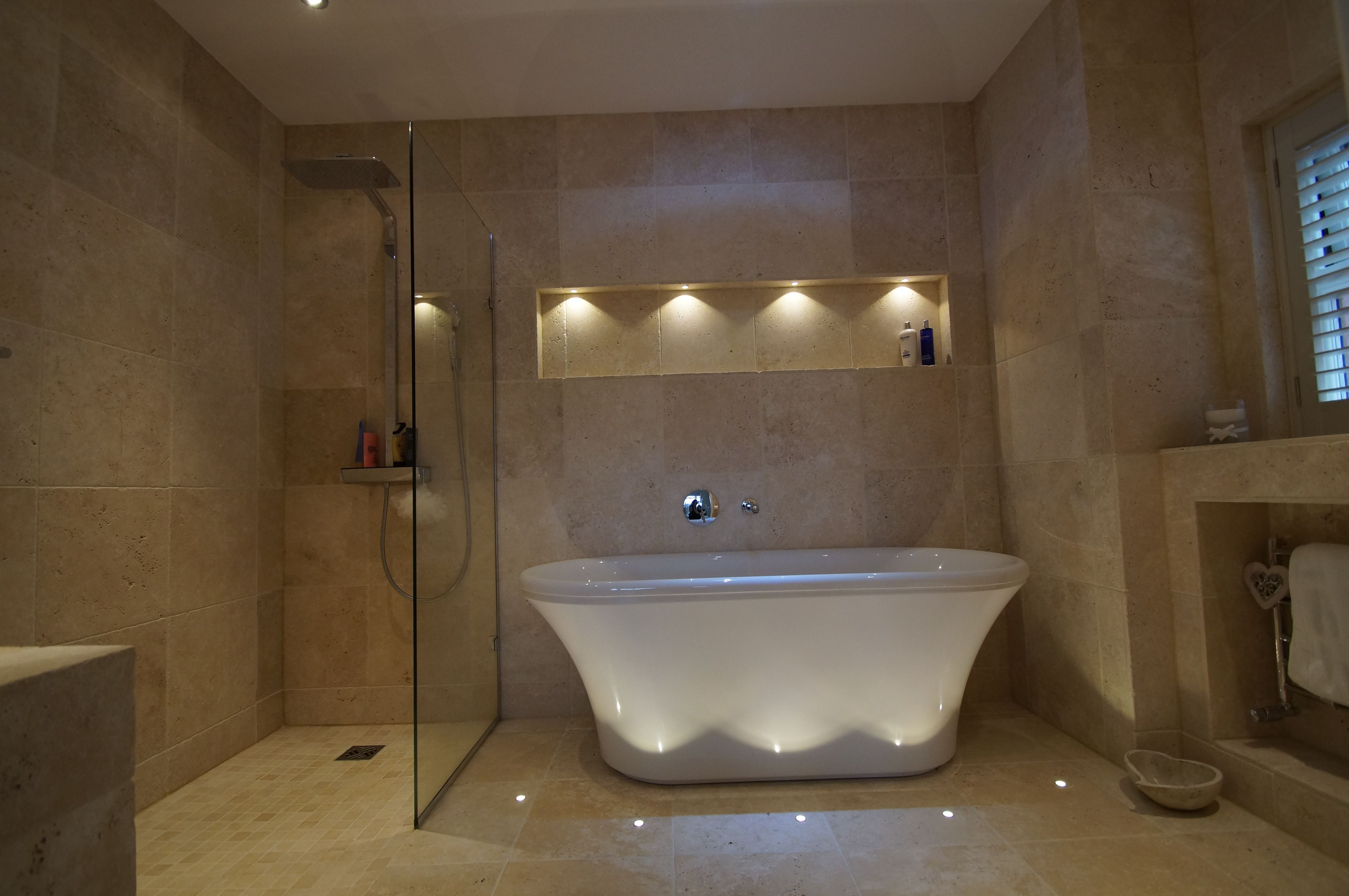 Bathroom Painting Ideas For Small Bathrooms  1000 Ideas About