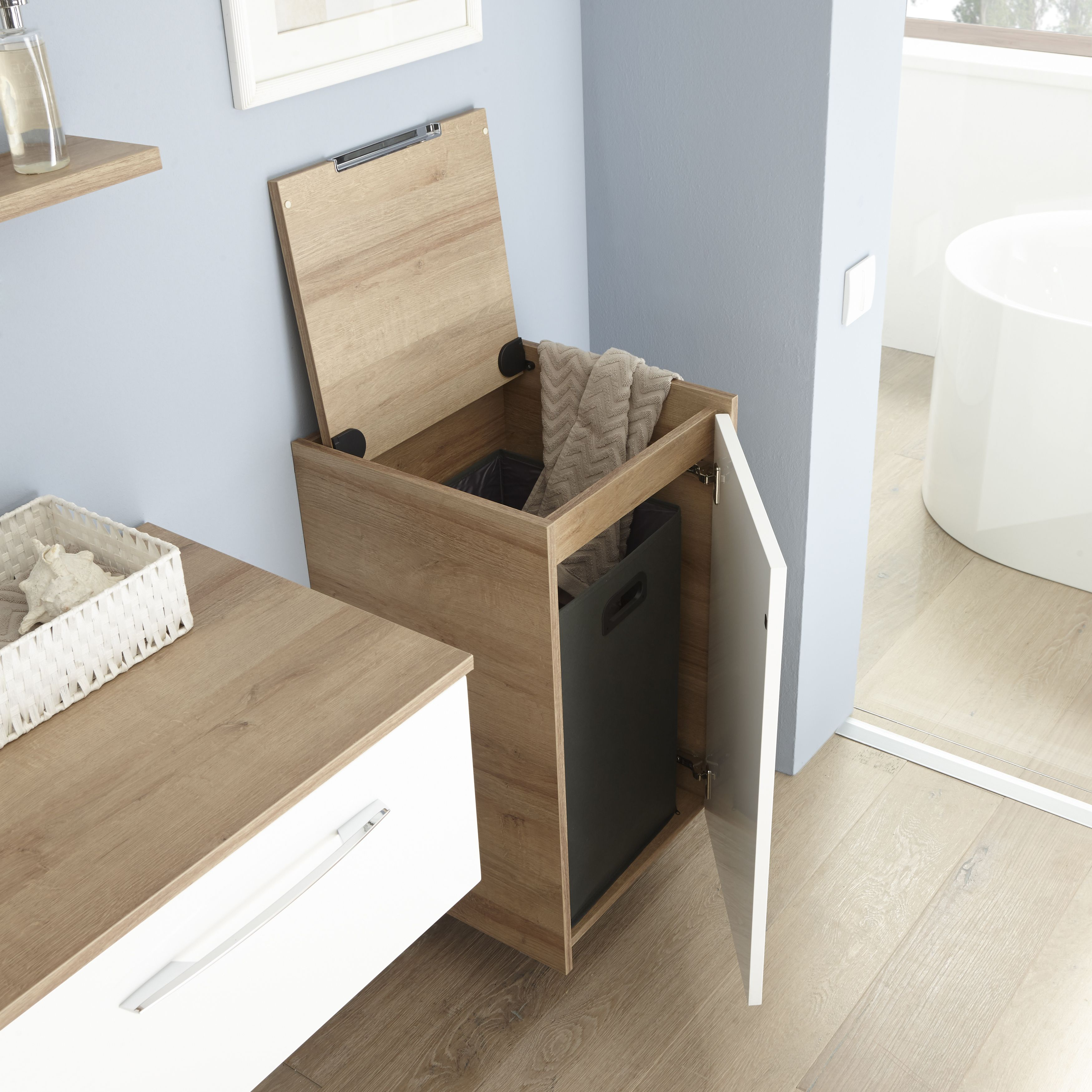 Durch Eine Genaue Ausrichtung Auf Deine Bedurfnisse Im Badezimmer Mit Besonders Ausgeklungelten Systeme Kleines Bad Renovierungen Waschkuchendesign Badezimmer