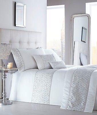 ad42a969ba LUXURY SEQUIN DIAMANTE DUVET QUILT COVER BEDDING BED LINEN SET SHIMMER  WHITE NEW