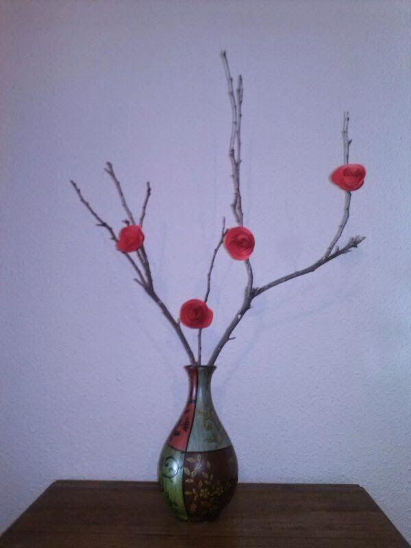 Forja ideas decorar jarr n con ramas secas y rosas de for Decoracion con ramas secas