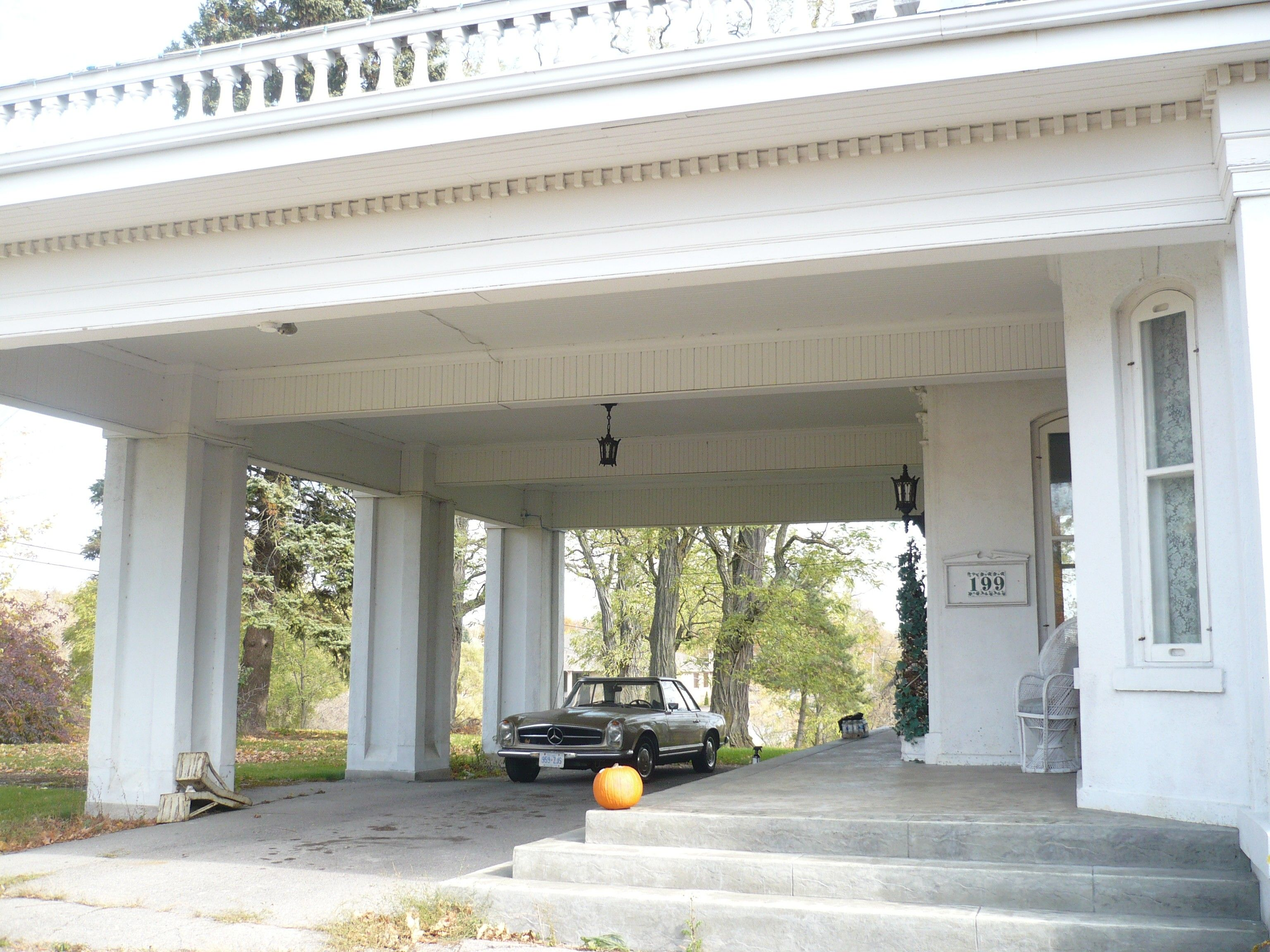 House Plans With Portico Beautiful Driveway Beautiful Driveways House Plans House