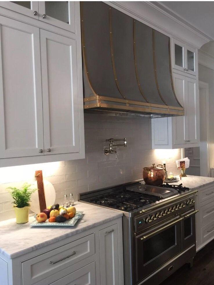 Custom Metal Hoods Includes Vent Motor La Cornue Hood Stainless And Brass Ebay Kitchen Hood Design Kitchen Range Hood Kitchen Vent Hood