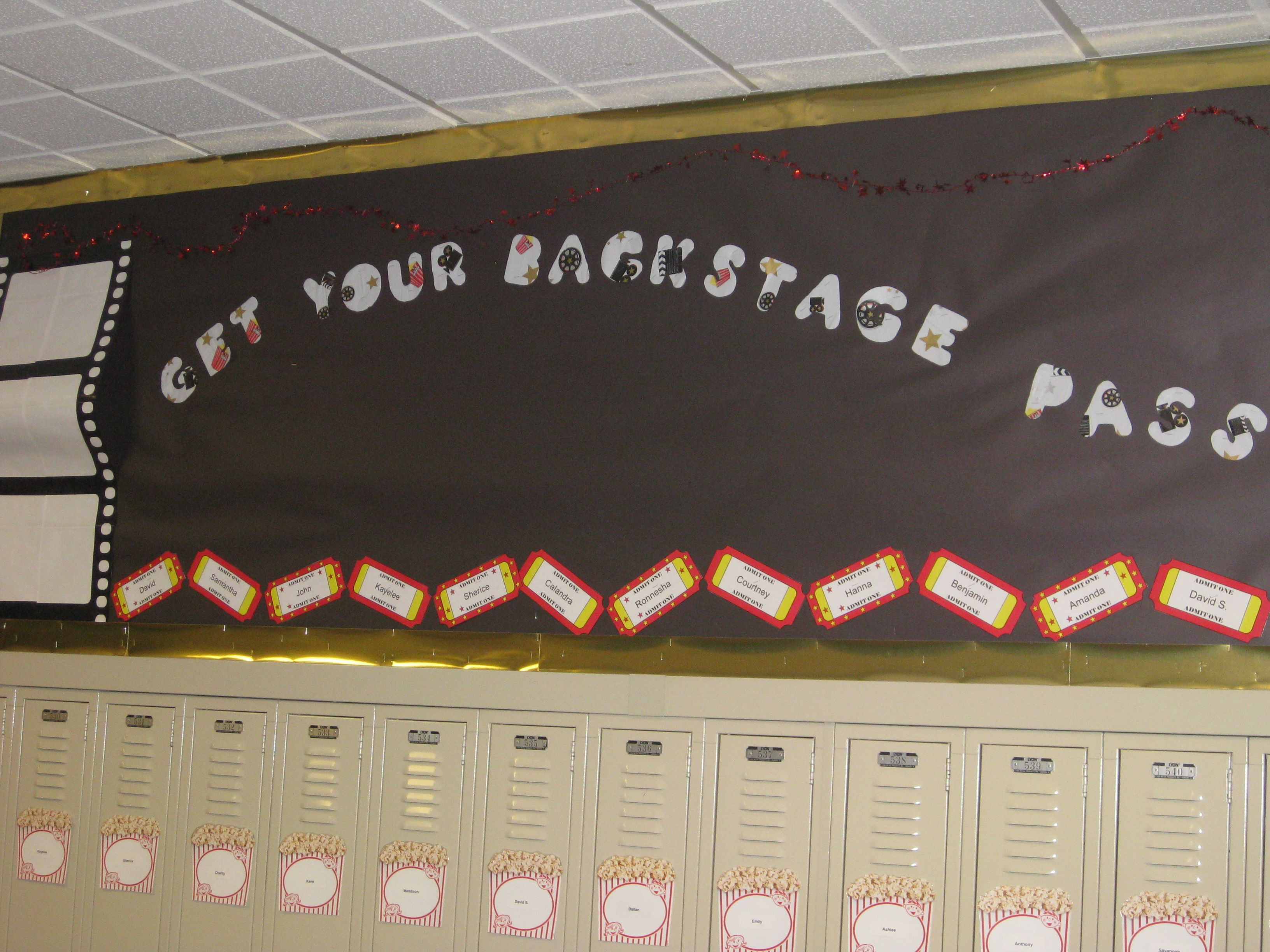 Get your backstage pass (I like the way that the tickets are turned and look cute!)