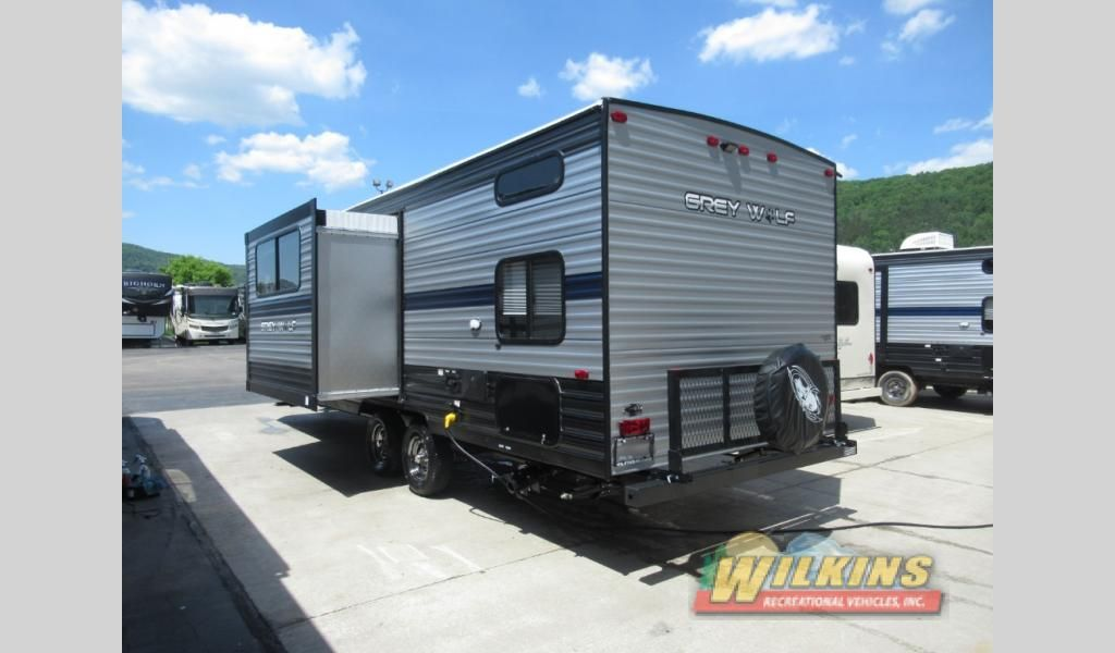 New 2020 Forest River Rv Cherokee Grey Wolf 23dbh Travel Trailer