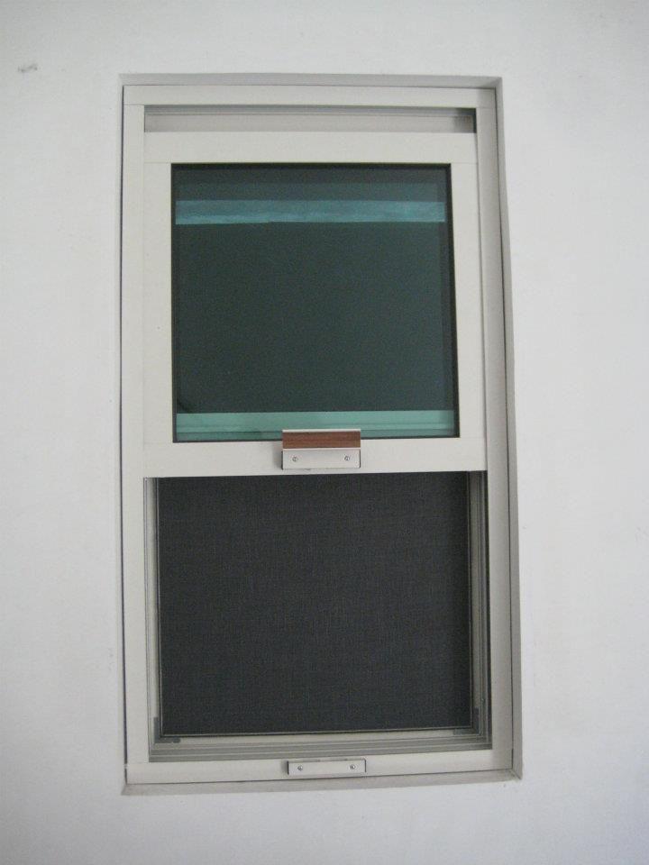 Ventana guillotina puertas y ventanas pinterest for Ventanas de aluminio doble vidrio argentina