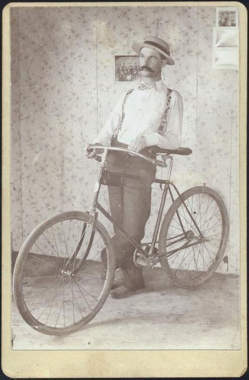 Bicicleta de bigode :)