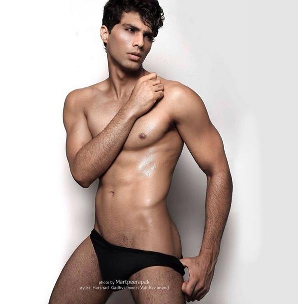 Shirtless Bollywood Men