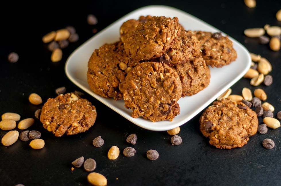 My Favourite Gluten-Free Peanut Butter Chocolate Cookies. This recipe makes a soft but sturdy flourless cookie with coconut palm sugar and added peanuts for crunch. Totally satisfying!