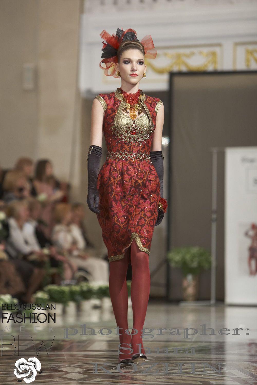 Slava Zaïtsev | Spring / Summer 2011 | Photo/video | Belorussian Fashion Week