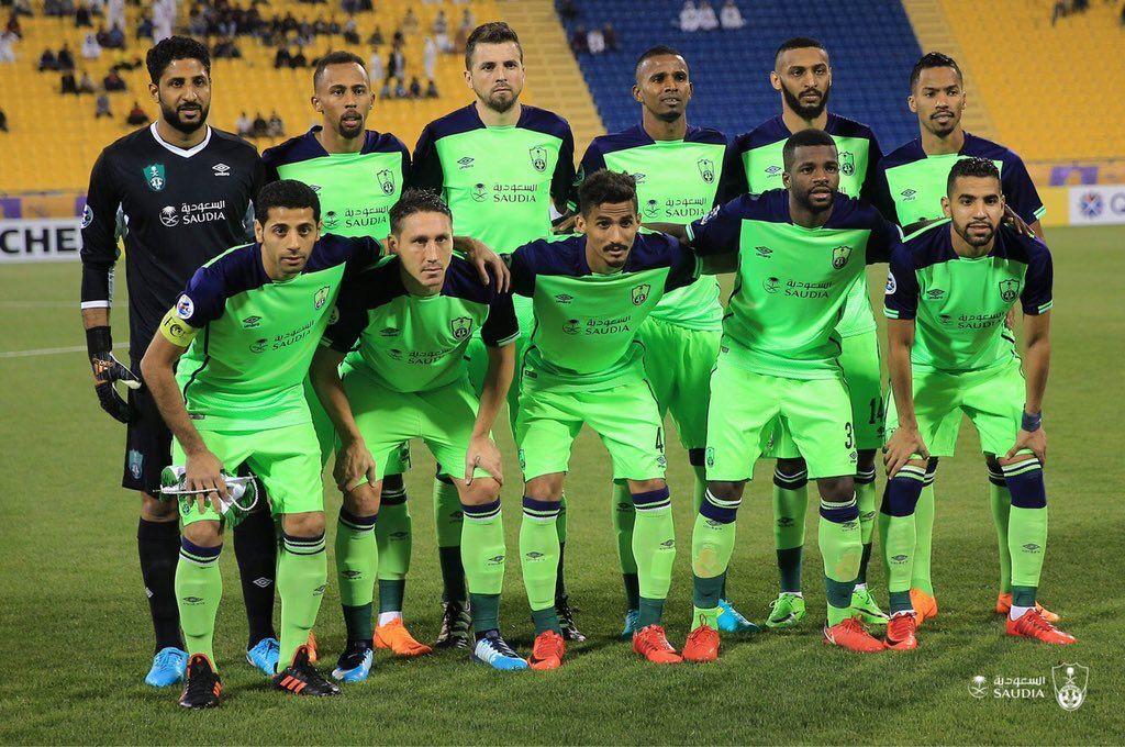 موعد مباراة الأهلي والرائد الجمعة 16 3 2018 في الدوري السعودي والقنوات الناقلة للقاء نجوم مصرية Sports Soccer Field Soccer