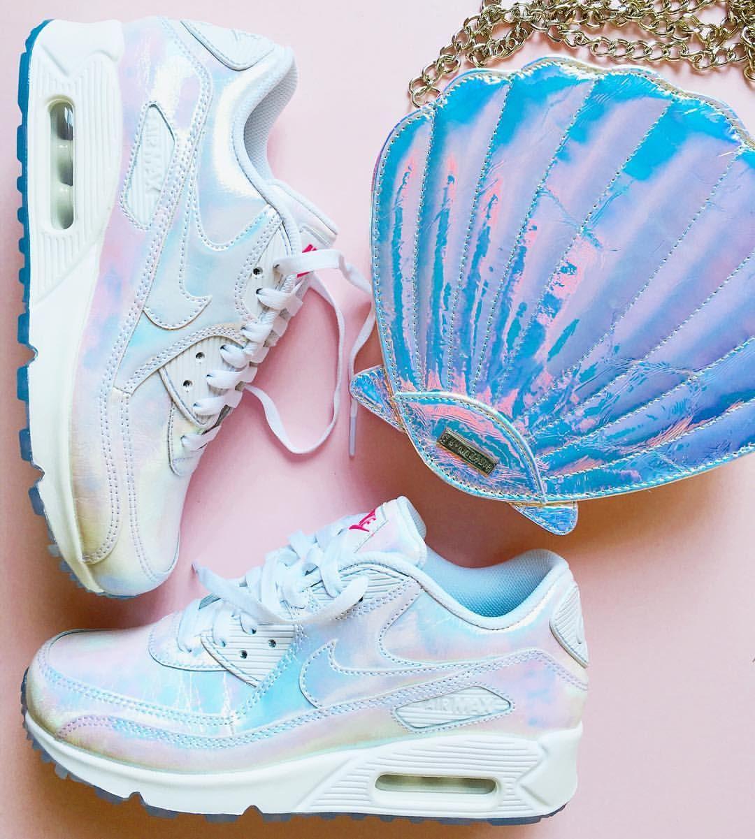 Sneakers nike, Nike, Nike huarache