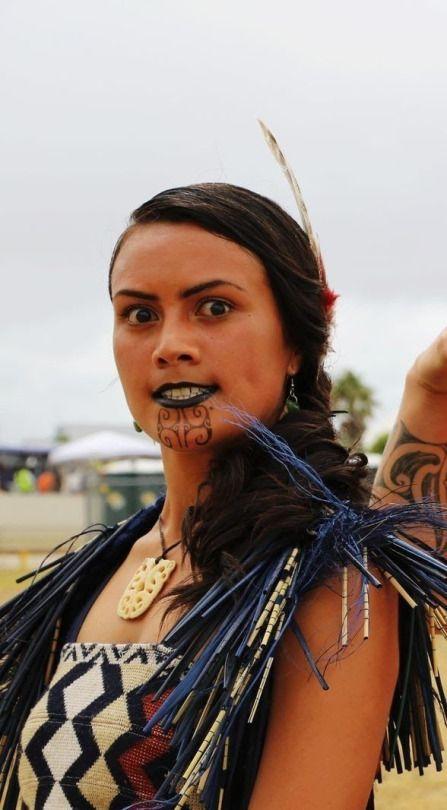 Maori Face Tattoo Designs Women: Maori People, Maori, Maori Art
