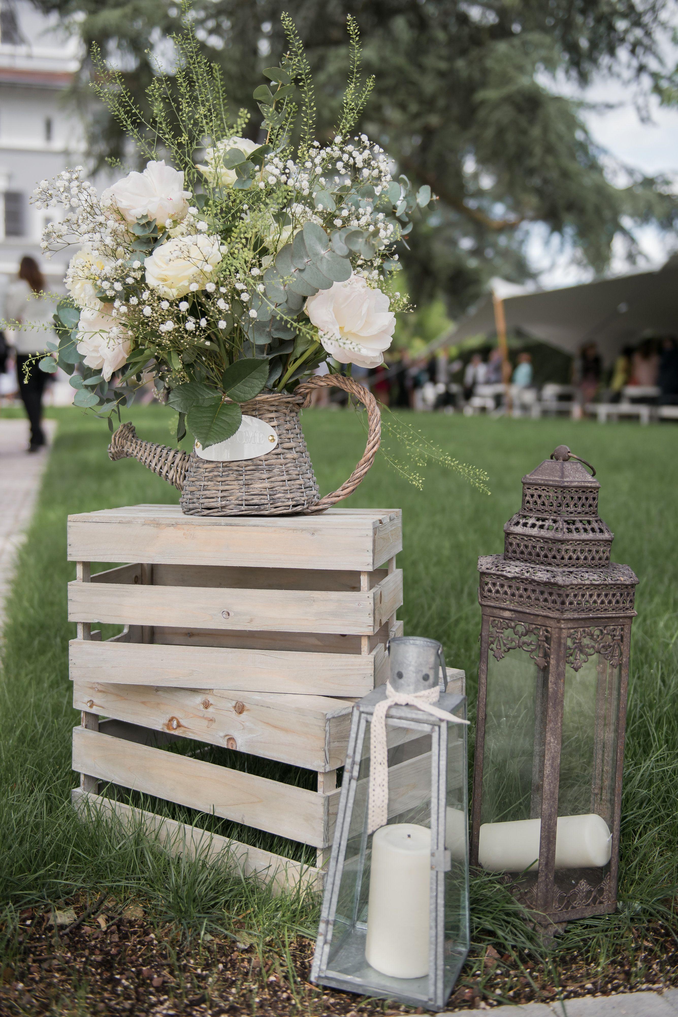 D coration vintage d co mariage avec cagettes wedding for Decoration jardin palette